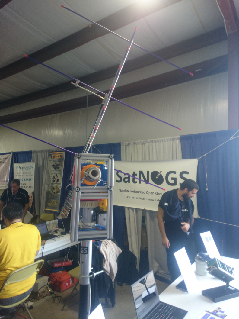 Hamvention Demo Station